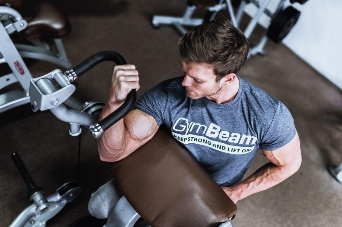 Hip thrust performanța și maximizează rezistența în timpul antrenamentelor
