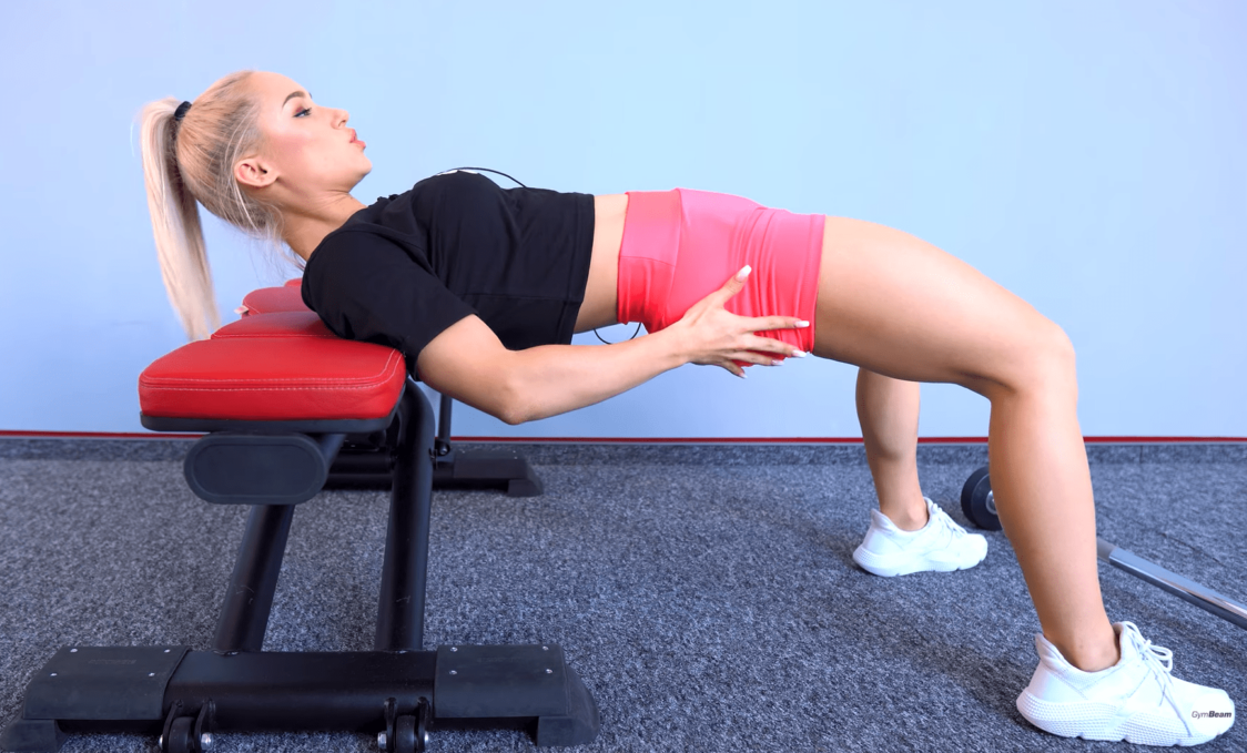 Tehnica de execuție corectă a exercițiului hip thrust