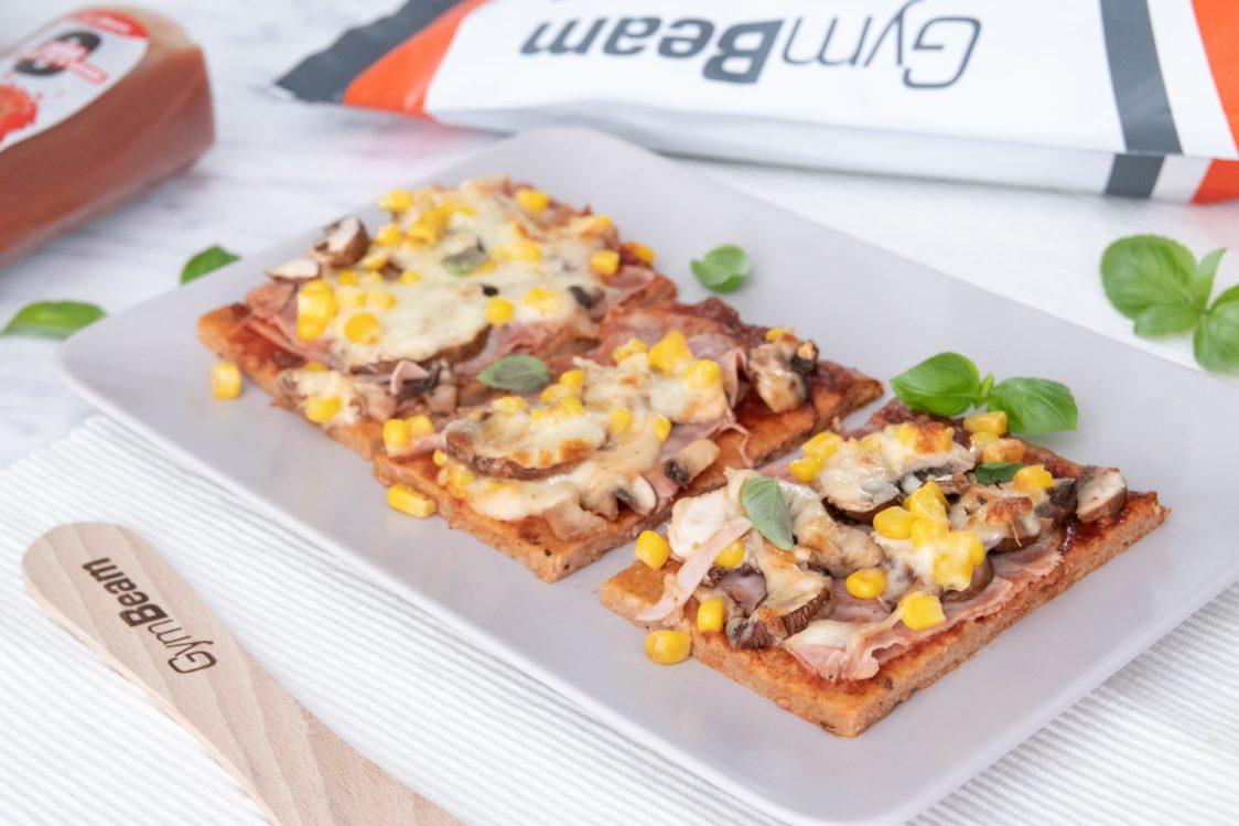 Ricetta fitness: pizza proteica con impasto di formaggio vaccino fresco