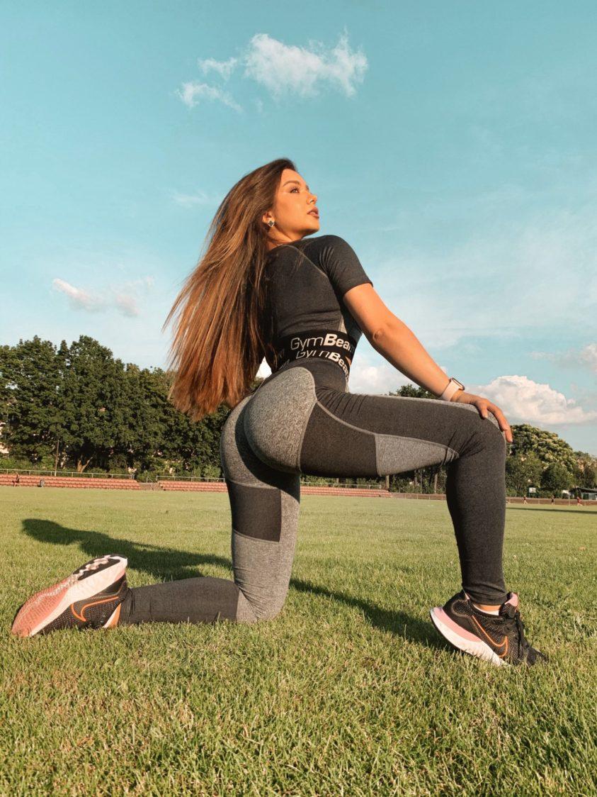 Su quali gruppi muscolari lavori durante lo stiramento?
