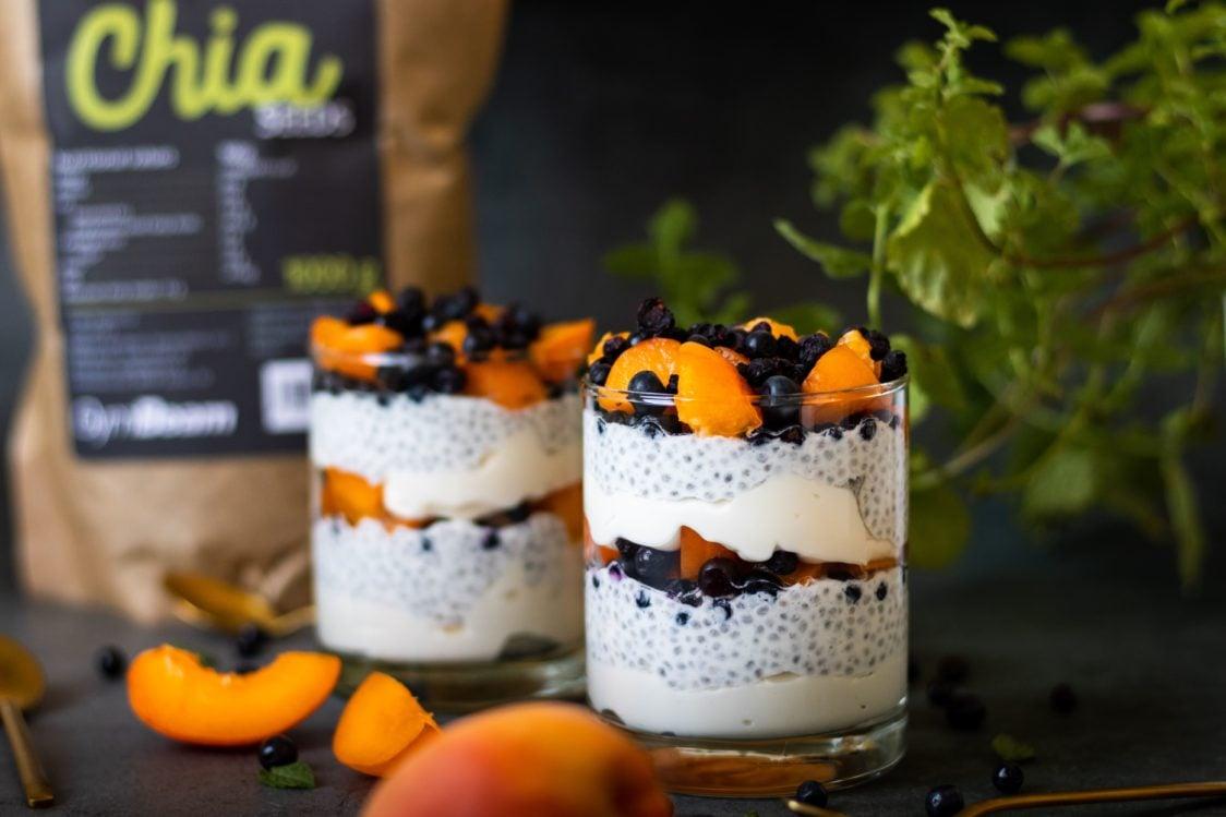 Ricetta fitness: budino di ricotta fresca con semi di chia e frutta
