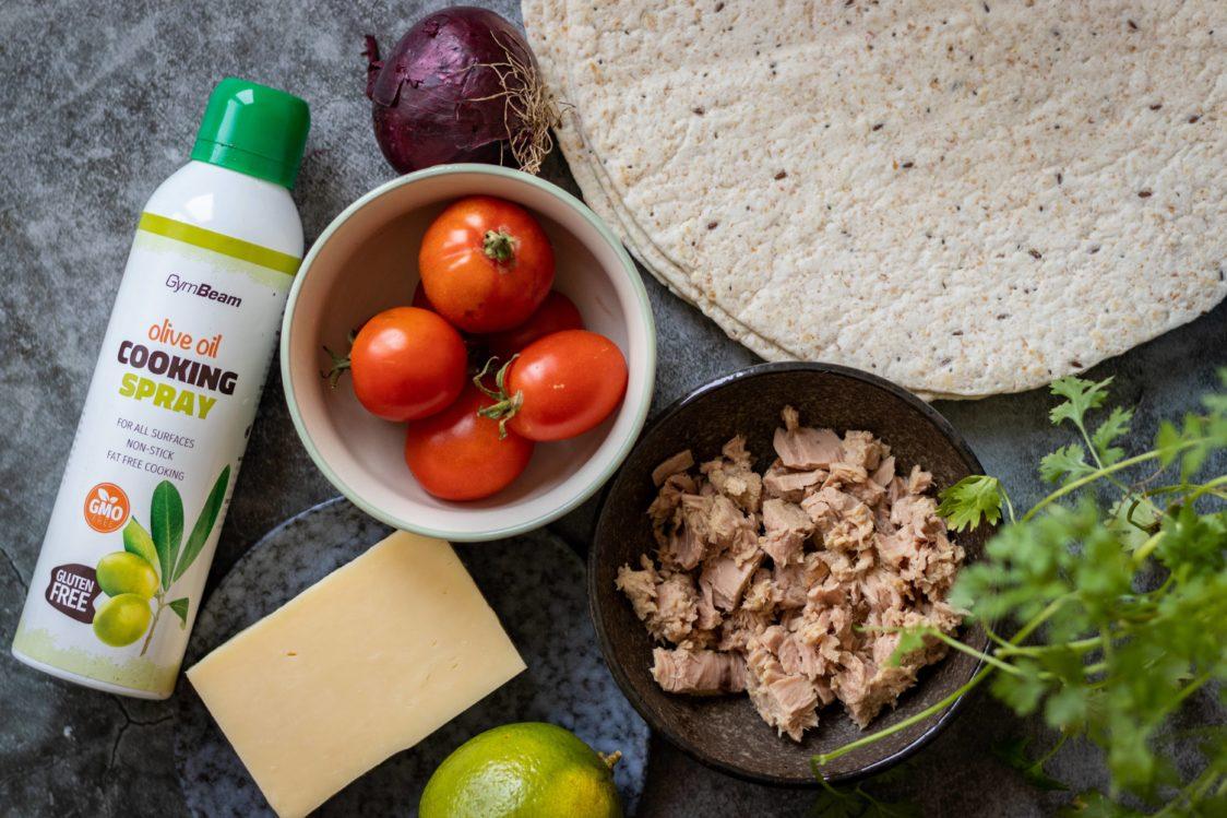 Quesadilla with tuna and tomato salsa ingredients