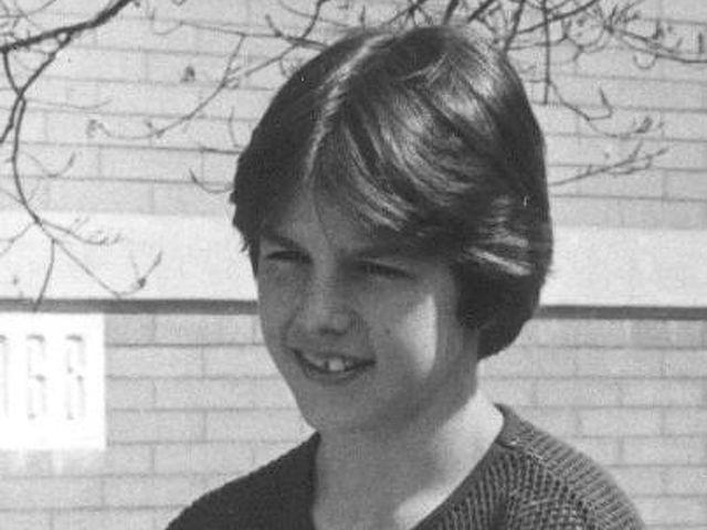 Tom Cruise gyerekkorát megbélyegezte a folyamatos költözés, erőszakos édesapja és az, hogy nem voltak barátai