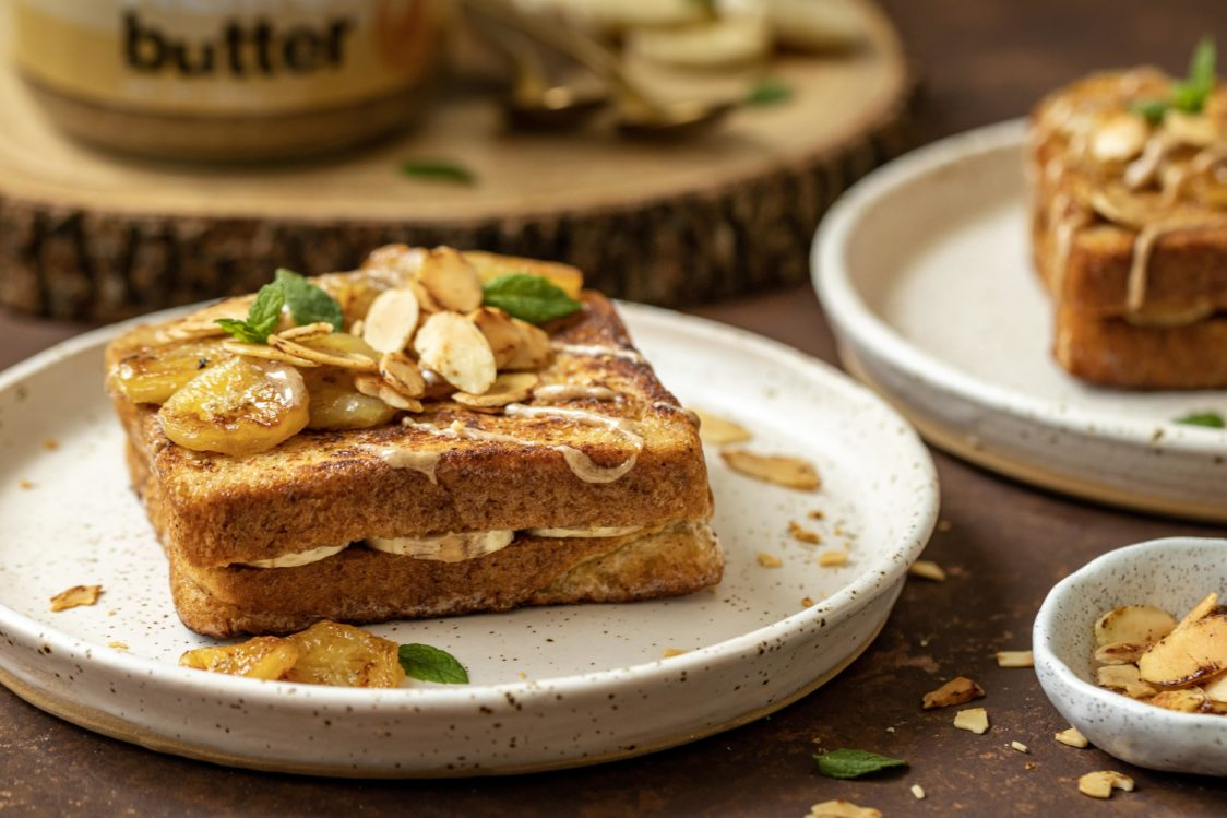 Fitness Recipe: Cinnamon French Toast with Banana and Nut Butter