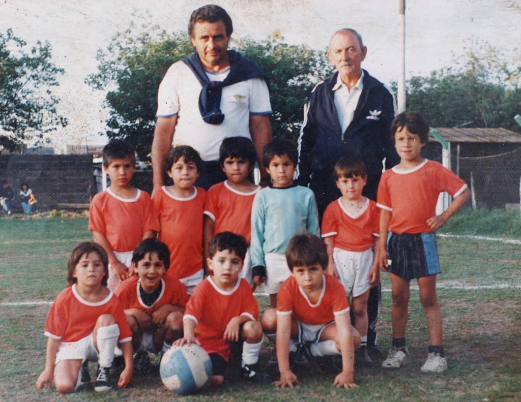 Messi în clubul local de fotbal Grandoli