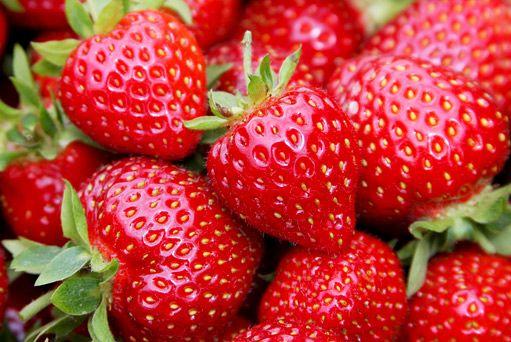 NajvhodnejŠie potraviny na vyrysovanie jahody