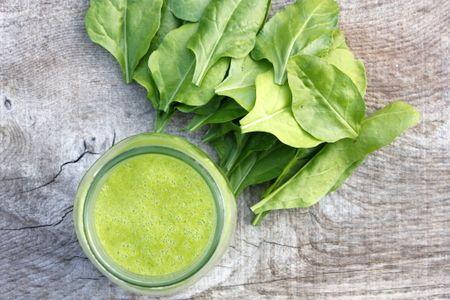 Zelený zázvorovo-broskyňový smoothie recept
