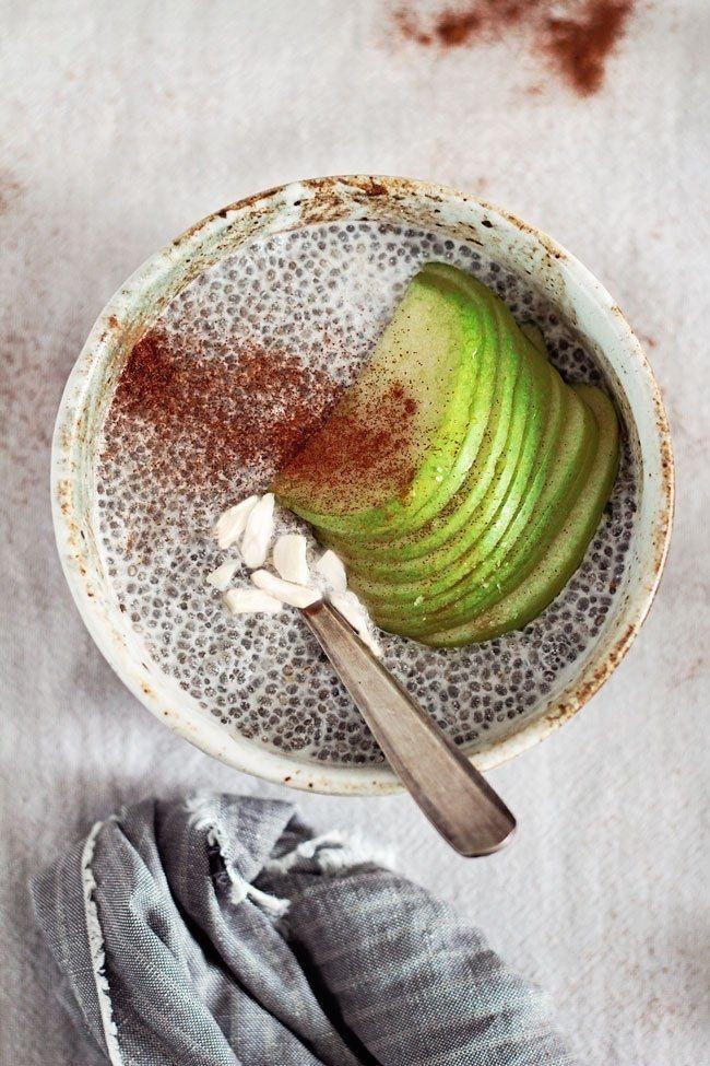 zdravý jablkovo-škoricový chia puding