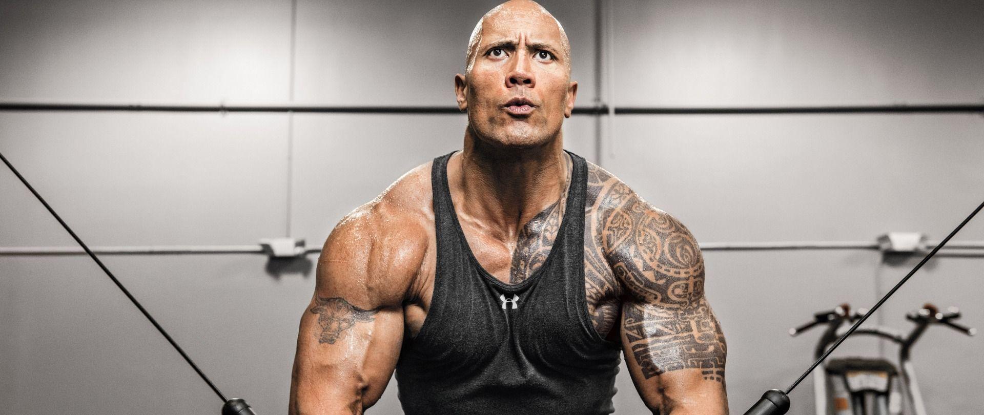 """Trénujte ako Dwayne """"The Rock"""" Johnson tréning tréningový plán"""