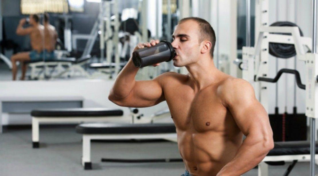 vhodná hydratácia pred, počas a po tréningu + 10 tipov ako sa vyhnuť dehydratácii