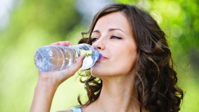 Pitie vody, ako schudnúť po pôrode