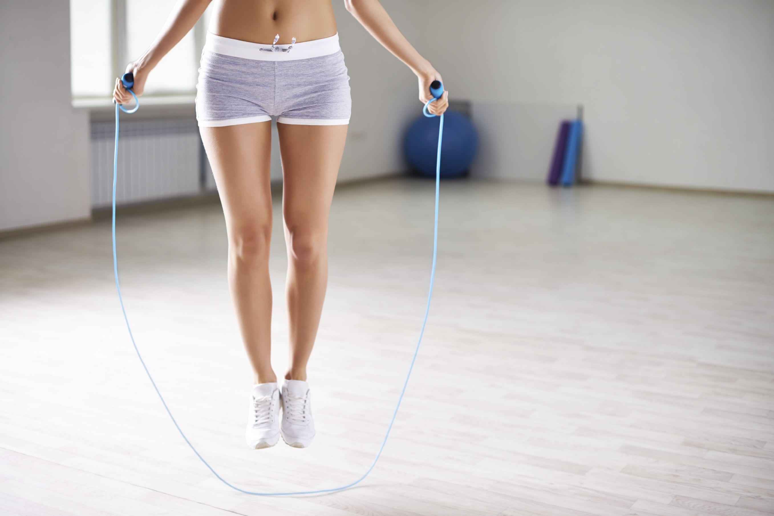 fitness - skákanie cez švihadlo - urinálne problémy