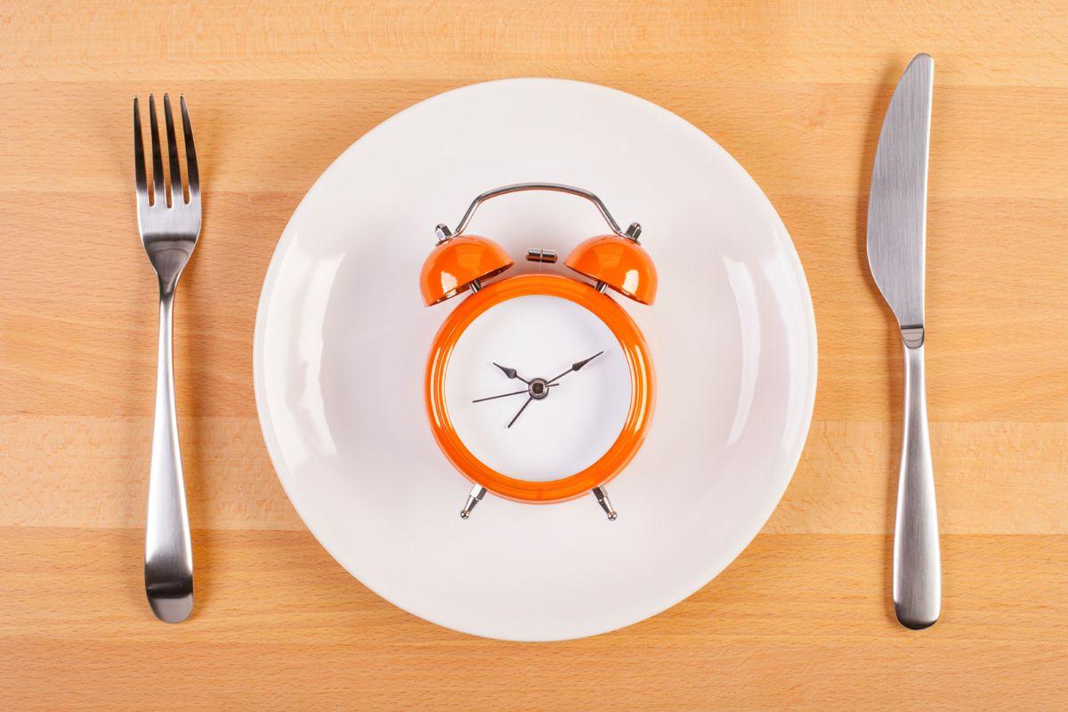 Prerušovaná hladovka (Intermittent Fasting - IF)