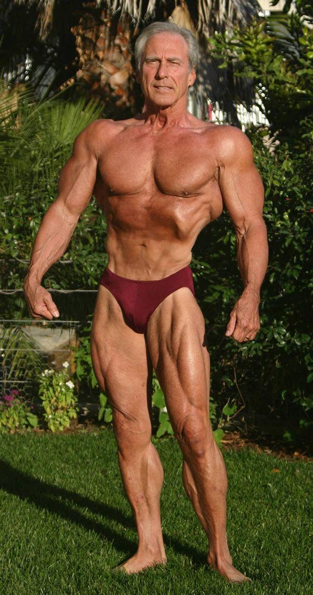 70 ročný Frank Zane