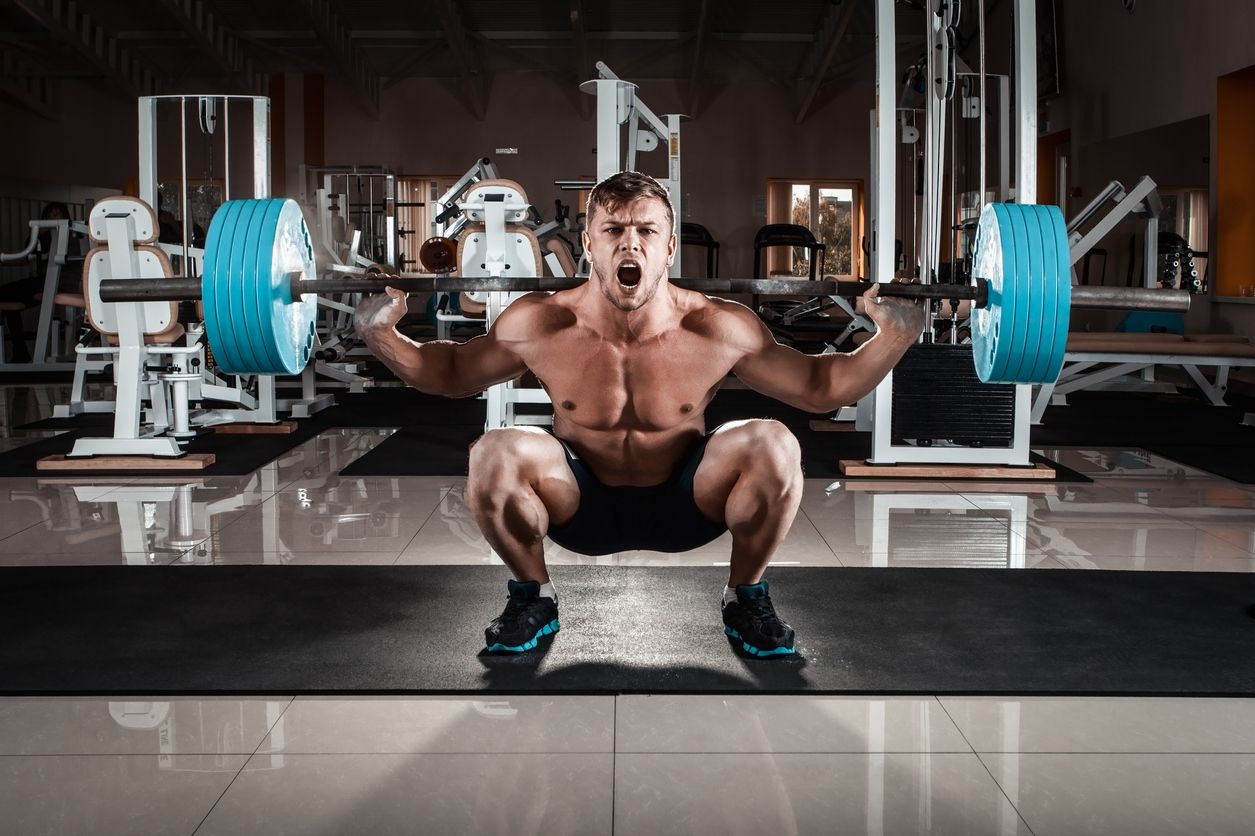 6 najväčších chýb pri silovom tréningu - drepy