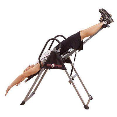 Inverzná lavica uvoľní stuhnutý chrbát a bolesti chrbtice