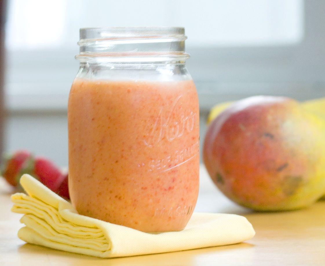 Jahodovo- mangovo- jogurtový smoothie recept